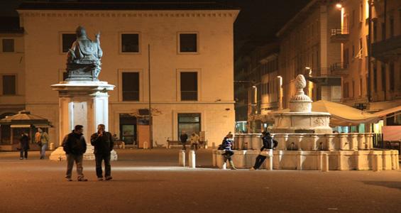 Passeggiando nel Passato - piazza Cavour Rimini