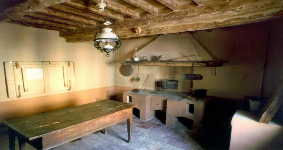 La cucina di Giovanni pascoli al Museo di casa Pascoli