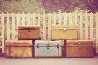 feat-suitcase-travel-life