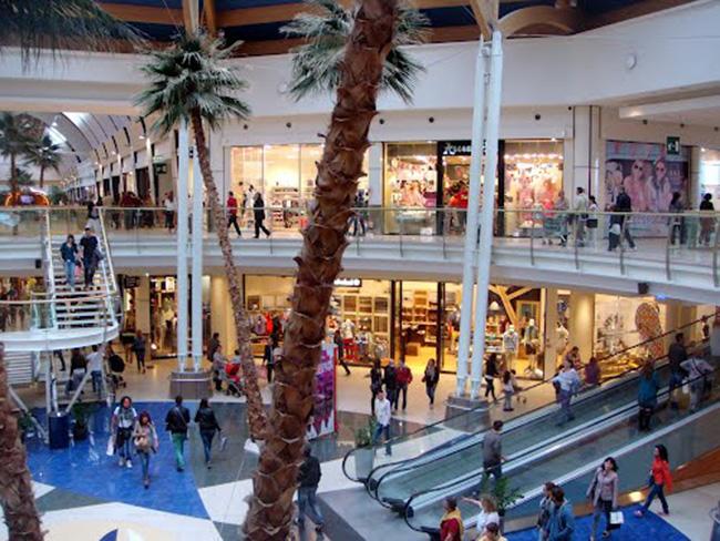 befane shopping center