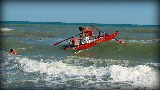 Salvataggio in mare a Rimini
