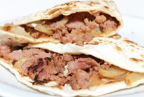 piadina salsiccia e cipolla