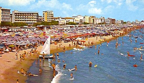 Foto d'epoca spiaggia milano marittima