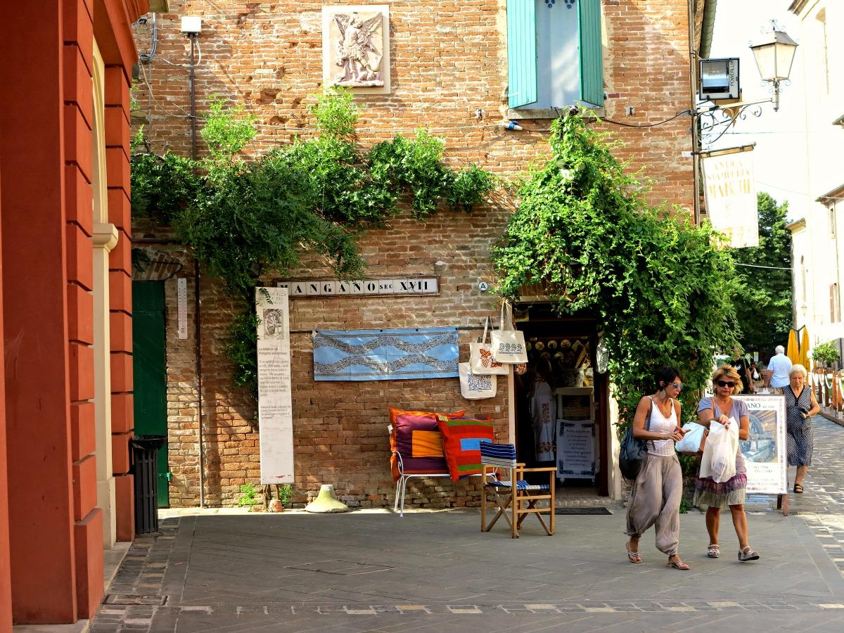 Negozio di artigianato a Santarcangelo di Romagna